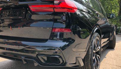 FERZ arches for BMW X7