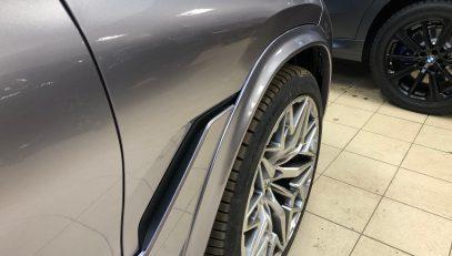 FERZ arches for BMW X6